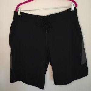 """Lululemon Men's 11"""" Short in Black"""